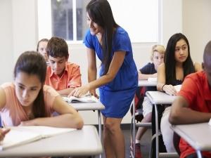 Auxiliar de Educación Secundaria